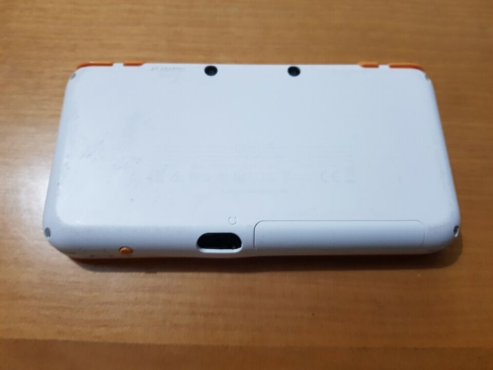 Nintendo NEW 2DS XL 2