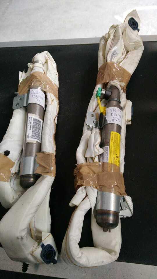 Tendina air bag dx e sx lancia delta 2010