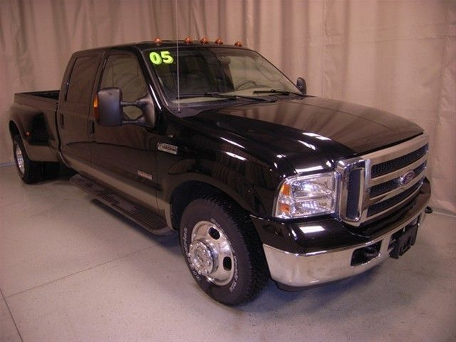 2005 Ford F-350 Lariat Dually Diesel RWD Long Bed