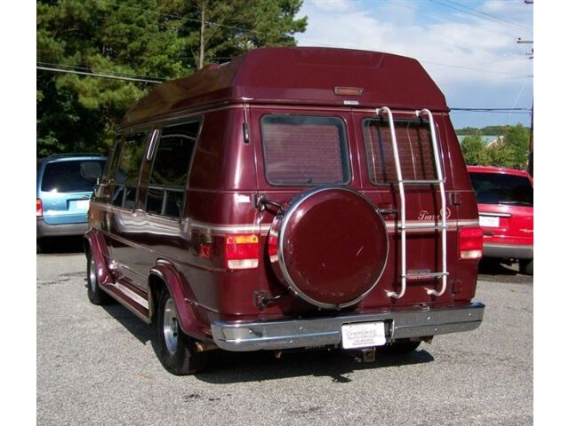 1-OWNER-HIGH-TOP-CONVERSION-LEATHER-AC-LK-CHEVROLET-VAN