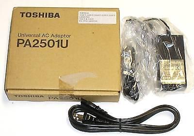 Toshiba Laptop Power Pack Model Pa2501u 15v 2a