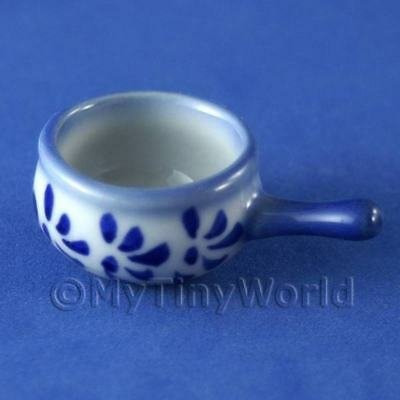 Blue Spotted Saucepan Dolls House Miniatures (3242)