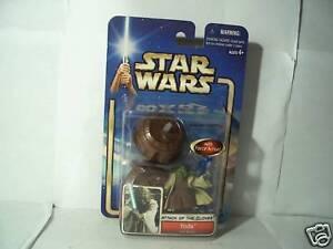 Yoda-Jedi-Master-Star-Wars-Attack-of-the-Clones-figure-2002
