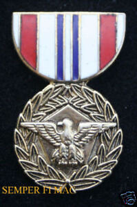 DOD-DEFENSE-MERITORIOUS-SERVICE-MEDAL-HAT-PIN-US-ARMY-NAVY-AIR-FORCE-MARINES