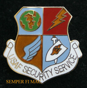 SECURITY-FORCES-US-AIR-FORCE-DEFENSOR-FORTIS-HAT-PIN-AFB-MILITARY-POLICE-K-9-WOW