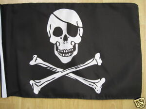 SKULL-AND-CROSSBONES-Pirate18-x-12-cloth-flag-hemmed-ideal-boat-caravan