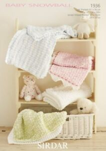 knitted baby blanket pompon| Fresh off tha Hook with