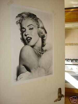 Marilyn Monroe in Fur B/W Door Poster