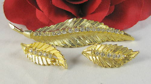 Vintage Gold tone Leaf Rhinestone Pin Set CAT RESCUE