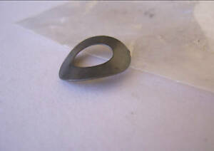 LC-LJ-TORANA-NOS-BRAKE-SHOE-WASHER