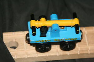 BLUE HAND CAR~THOMAS TRAIN- Fits ALL WOODEN TRACK