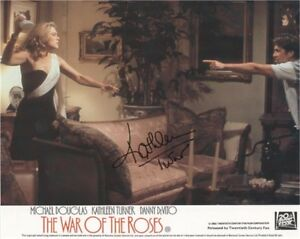 Kathleen-Turner-War-of-the-Roses-SIGNED-AUTOGRAPH-AFTAL