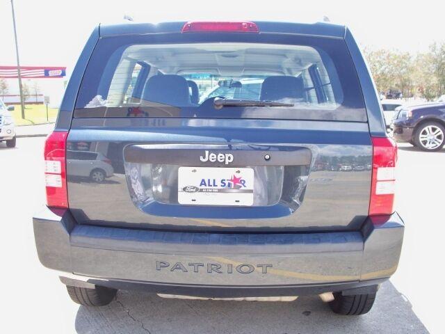 FWD 4dr SUV 2.0L