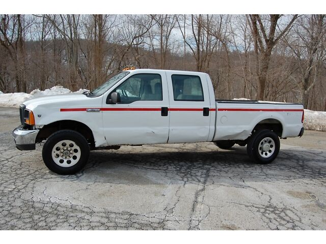 2005 FORD V10 F350 CREW CAB 4 DOOR 8FT 4X4 4WD DENTS