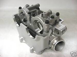 Yamaha-YZ450F-10-11-OEM-Cylinder-head-New