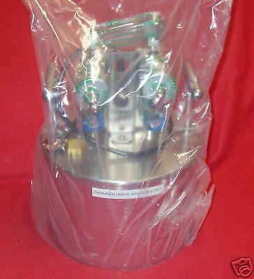 Applied Materials Praxair Ampoule Bubbler 0195-02636