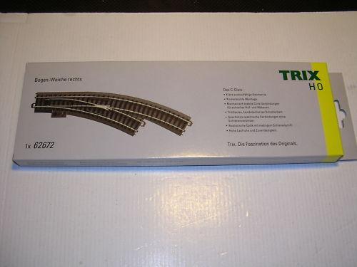 Trix HO C-Gleis 62672 Bogenweiche rechts Handbetrieb, 360mm R1 30° neuware.