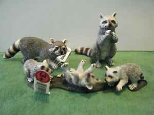 SCHLEICH-RACCOON-14604-RACCOON-STANDING-14624-amp-CUBS-14625-SET-OF-3-NEW