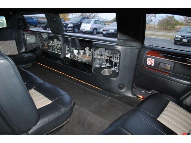 limo limousine stretch super stretch destiny 2720 w national rd dayton oh 45414. Black Bedroom Furniture Sets. Home Design Ideas