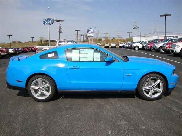 GT Premium New Manual Coupe 5.0L GRABBER BLUE