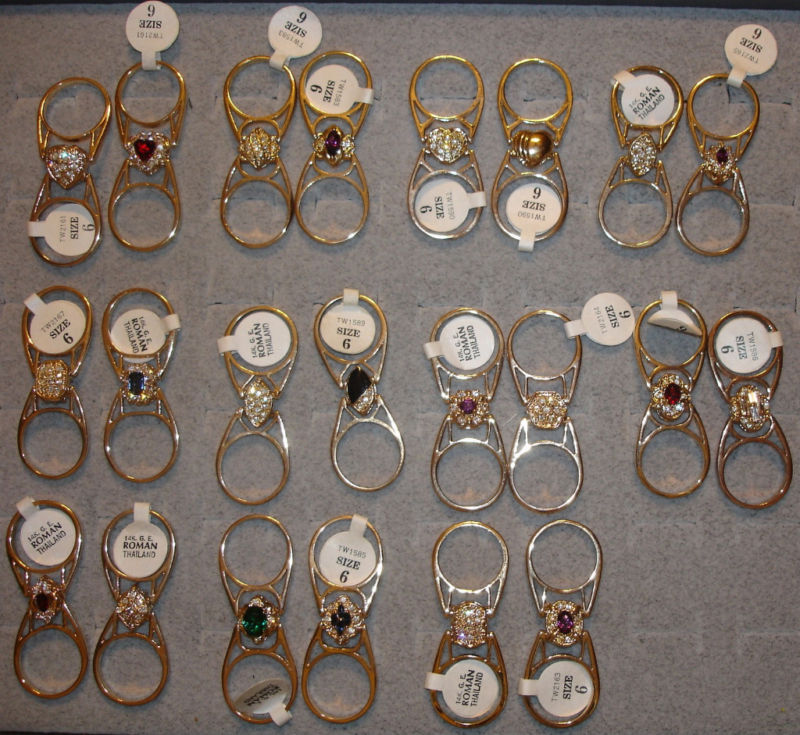 3 Ladies' Pot Luck Vintage Go Austrian Crystal Flip Rings In Sizes 6, 7 Or 8