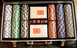 300 Piece 11.5 gram Poker Chip Set & Case & Dice NEW!