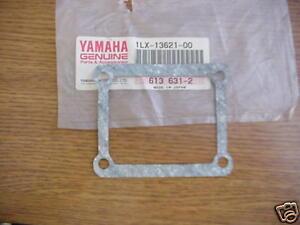 Yamaha-1986-1987-YZ125-NOS-Valve-Seat-Gasket-1LX-13621-00-00