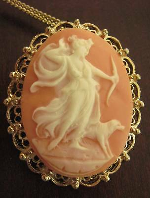 Gorgeous! Vintage Greek Goddess Diana Cameo Necklace Brooch Pendant