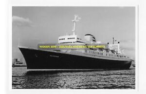 rp7553-Holland-America-Liner-Volendam-photo-6x4