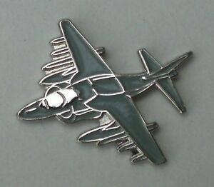 Harrier-Jump-Jet-RAF-Aeroplane-Enamel-Pin-Badge