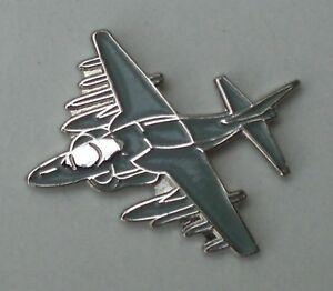 Harrier-Jump-Jet-RAF-Aeroplane-Enamel-Pin-Badge
