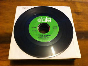 Peaches-Herb-Love-is-Strange-vinyl-45-rpm