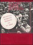 Libri e riviste di saggistica rosso medio misto in italiano