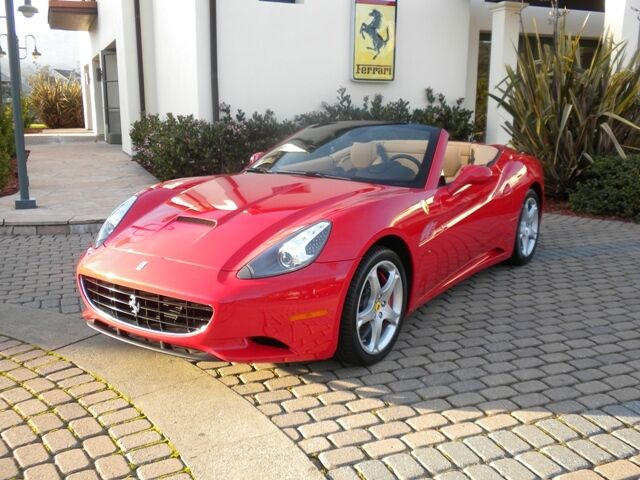2010 California Convertible in Rosso Corsa/Beige