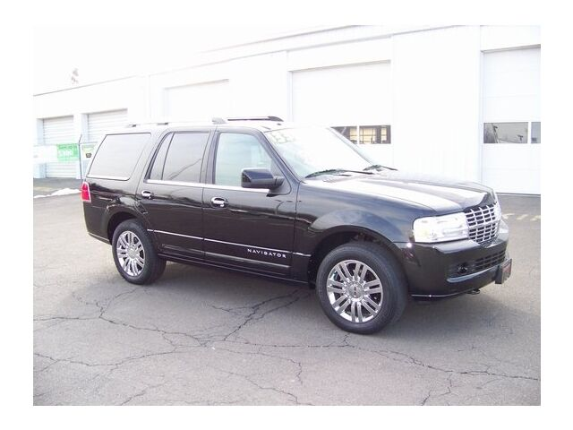 Image 2 of 4X4 4DR Certified SUV…