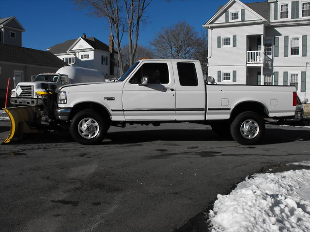 1997 Ford F-250 XLT 4x4 V8 Ext Cab w/ Fisher Plow LOOK