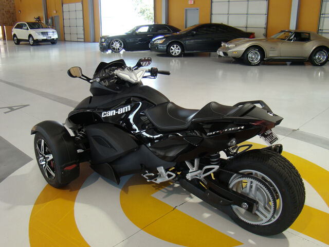 2009 Can-Am Spyder SM5 w/ Two Brothers Racing Exhausts!