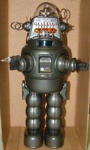 FORBIDDEN PLANET : ROBBY THE ROBOT 13