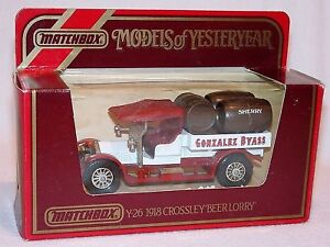 Matchbox YESTERYEAR CROSSLEY GONZALEZ BEER LORRY Y-26