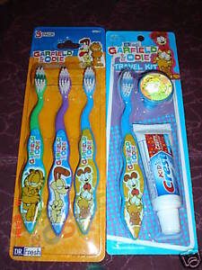 GARFIELD-ODIE-CHILDRENS-6-PCS-TOOTHBRUSH-KIT-4-Brushes-1-CAP-1-mini-toothpaste