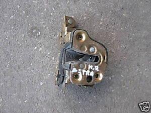 Opel-Astra-F-Tuerschliessmechanismus-hinten-rechts