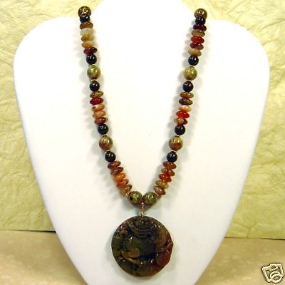 Indian Agate Chinese Carved Gold Pendant Necklace S176
