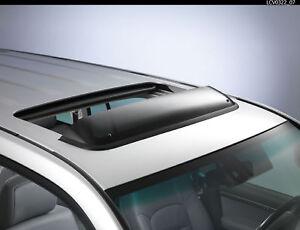 Genuine-Toyota-Landcruiser-V8-Sunroof-Wind-Deflector