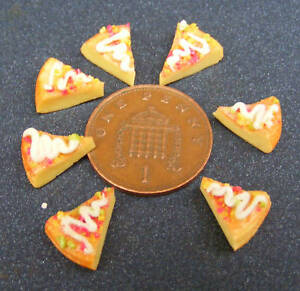1-12-Scale-Seven-Pizza-Slices-Dolls-House-Miniature-Kitchen-Food-Accessory-Bread