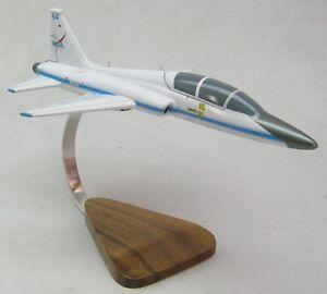 northrop t 38 talon nasa airplane desktop wood model large ebay. Black Bedroom Furniture Sets. Home Design Ideas