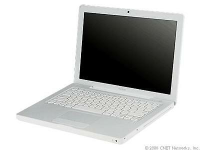 Macbook 2008 White original broken for parts or to be fixed