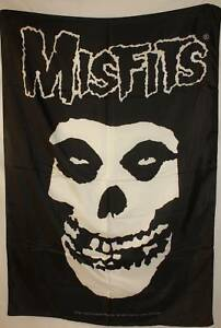 MISFITS-Fiend-Skull-Logo-Cloth-Poster-Flag-Tapestry-NEW