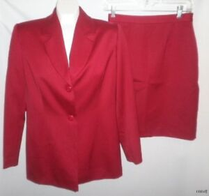 NWT-PETITE-SOPHISTICATE-RED-WOOL-SKIRT-SUIT-SIZE-6-8