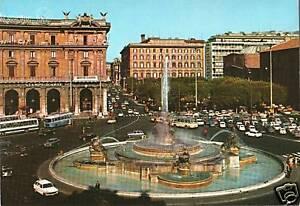 CARTOLINA-D-039-EPOCA-ROMA-PIAZZA-DELLA-REPUBBLICA-FONTANA-DELL-039-ESEDRA-1960