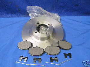 MG  MGB FRONT BRAKE DISCS AND PAD CAR SET  WITH PINS AND CLIPS  ***